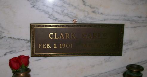 Clark gable s grave clark gable 1901 1960